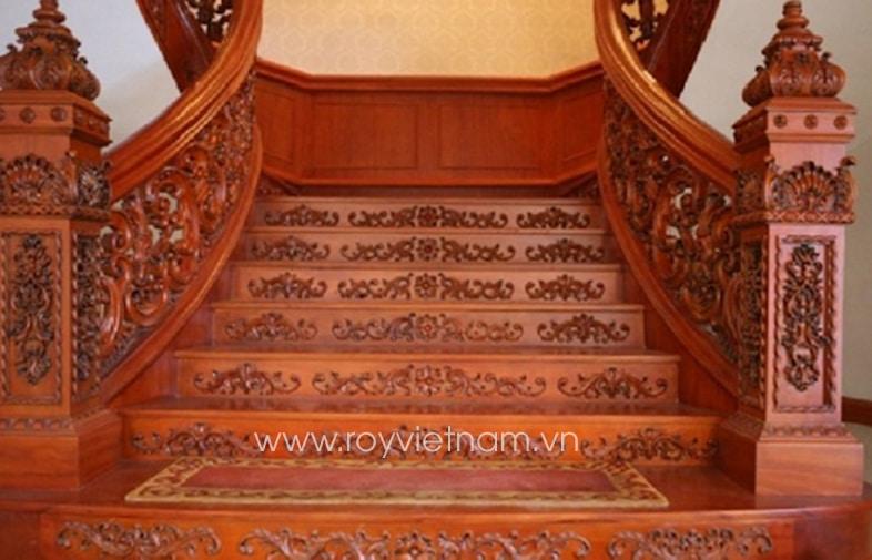 Mẫu trụ cầu thang gỗ tân cổ điển 5